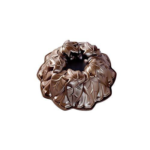 NordicWare Molde para horno con hojas de otoño, aluminio fundido, marrón, 26,7 x 26,7 x 9,5 cm